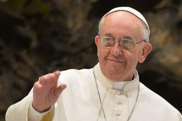 """Popiežius PRANCIŠKUS: """"Žodis yra dovana. Kitas asmuo yra dovana"""""""