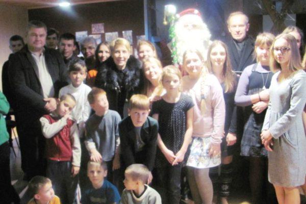 Vaikų dienos centre apsilankė Kalėdų Senelis